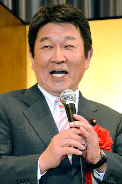 茂木敏充政調会長